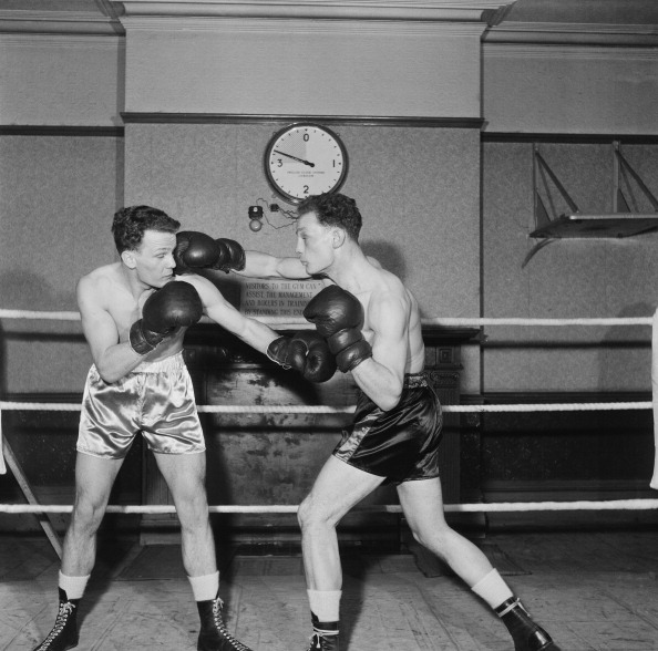 Henry Cooper「Cooper Twins In The Ring」:写真・画像(4)[壁紙.com]