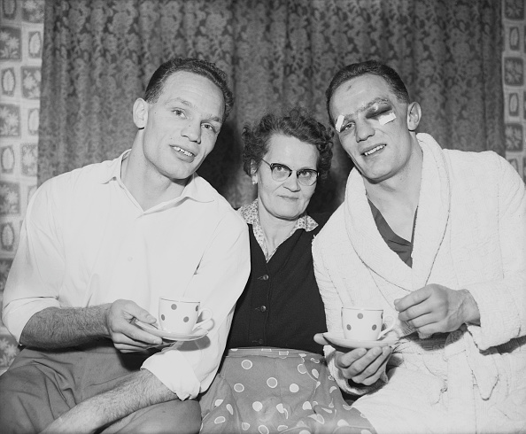 Henry Cooper「Lily Cooper And The Twins」:写真・画像(13)[壁紙.com]