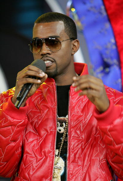 Kanye West - Musician「MTV TRL With Kanye West」:写真・画像(1)[壁紙.com]