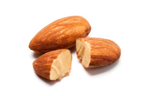 Roasted「Almonds」:スマホ壁紙(10)