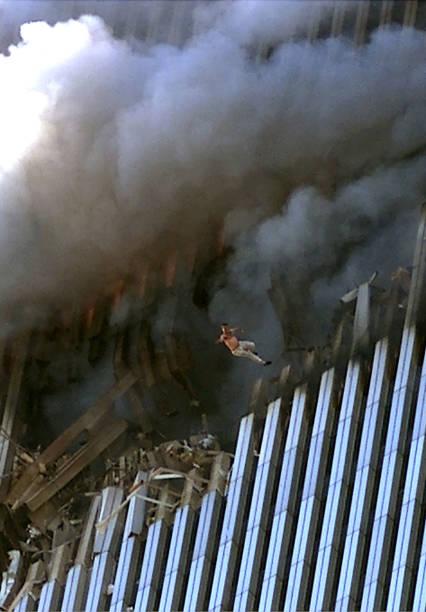 World Trade Center Hit in Terrorist Attack:ニュース(壁紙.com)