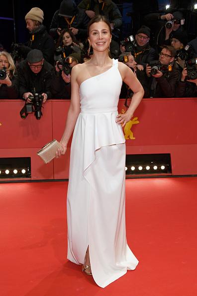 式典「Opening Ceremony & 'Isle of Dogs' Premiere Red Carpet - 68th Berlinale International Film Festival」:写真・画像(1)[壁紙.com]