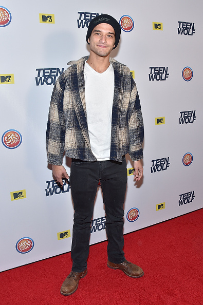Fully Unbuttoned「MTV Teen Wolf Los Angeles Premiere Party - Arrivals」:写真・画像(5)[壁紙.com]