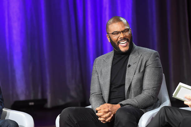 Tyler Perry「Actor, Comedian Tyler Perry Sits Down For SiriusXM's Town Hall Event Hosted By Joel & Victoria Osteen」:写真・画像(5)[壁紙.com]