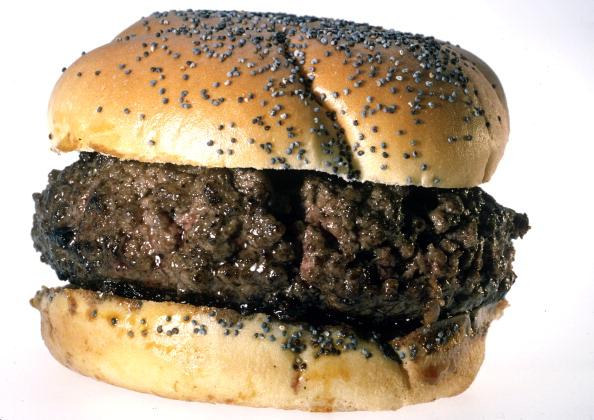 White Background「A Hamburger」:写真・画像(18)[壁紙.com]