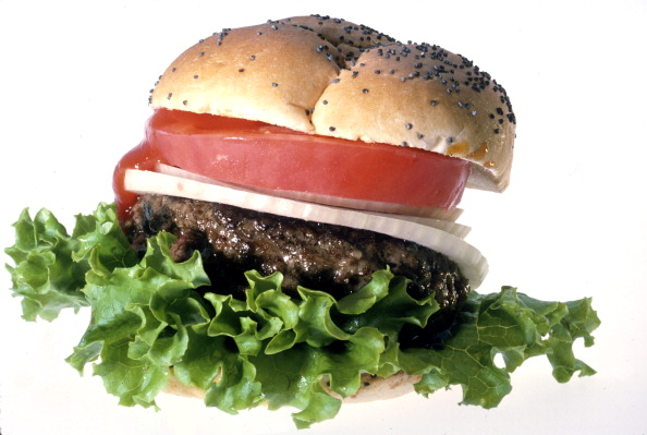 White Background「A Hamburger」:写真・画像(3)[壁紙.com]