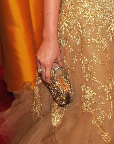 "Gold Purse「""Schiaparelli And Prada: Impossible Conversations"" Costume Institute Gala」:写真・画像(4)[壁紙.com]"