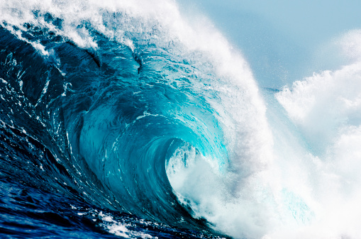 Large「Close-up view of huge ocean waves」:スマホ壁紙(3)