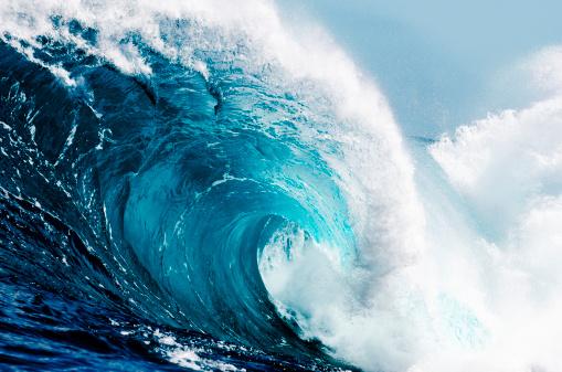 美しさ「クローズアップの広々とした海の波の」:スマホ壁紙(13)