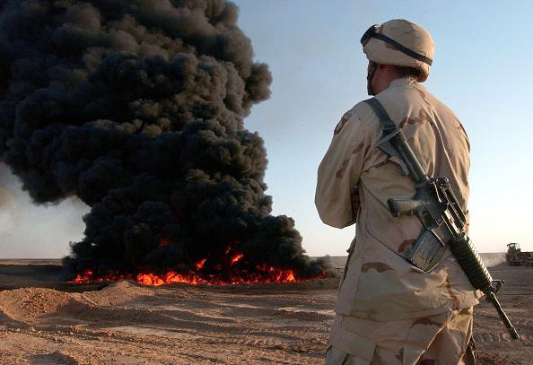 Iraq War 2003-2011「U.S. Officials Vow To Protect Iraqi Infrastructure」:写真・画像(15)[壁紙.com]
