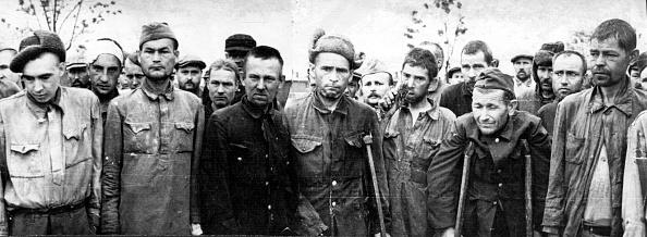 Russian Military「Men At Maidanek」:写真・画像(3)[壁紙.com]