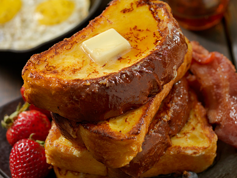 Toasted Food「Brioche French Toast with Bacon and Eggs」:スマホ壁紙(19)
