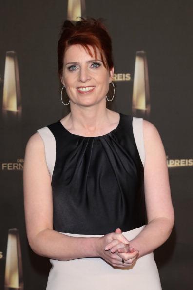"Three Quarter Length「Annual ""Deutscher Fernsehpreis"" Award - Red Carpet Arrivals」:写真・画像(14)[壁紙.com]"