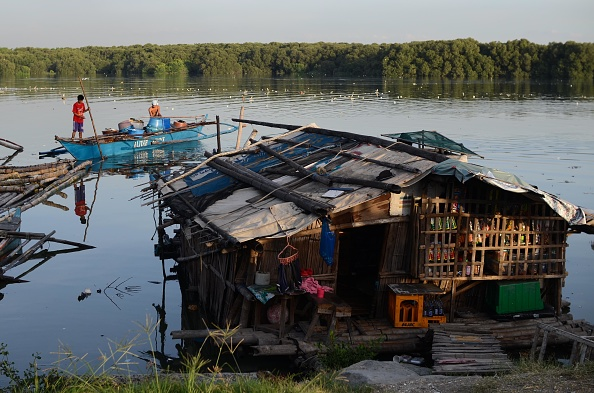 Fisherman「Greenpeace Ship Esperanza Conducts Water Sampling In Manila Bay」:写真・画像(16)[壁紙.com]