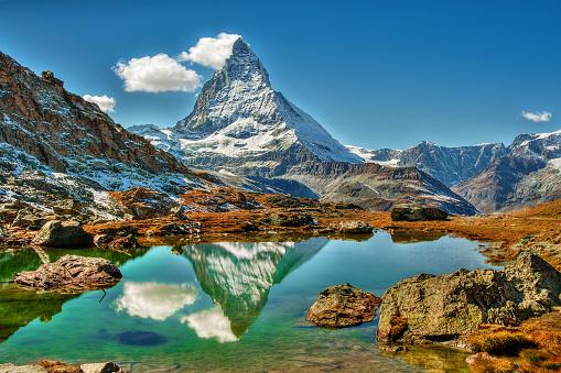 Pennine Alps「Matterhorn mountain reflected in a lake, Zermatt, Switzerland」:スマホ壁紙(17)
