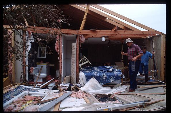 Restoration Style「Residents Restore South Carolina After Hurricane Hugo」:写真・画像(14)[壁紙.com]