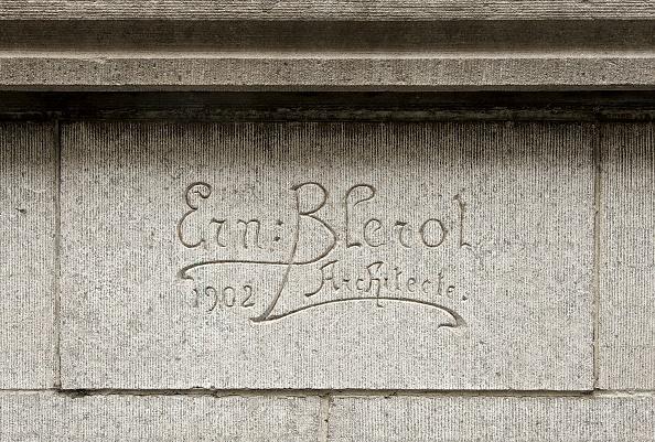 Costume Jewelry「Ernest Blerot Carved Signature」:写真・画像(15)[壁紙.com]
