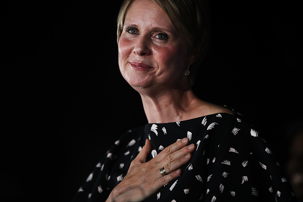 Cynthia Nixon「Cynthia Nixon Holds Primary Night Watch Party In Brooklyn With Other Progressive Democrats On The Ballot」:写真・画像(8)[壁紙.com]
