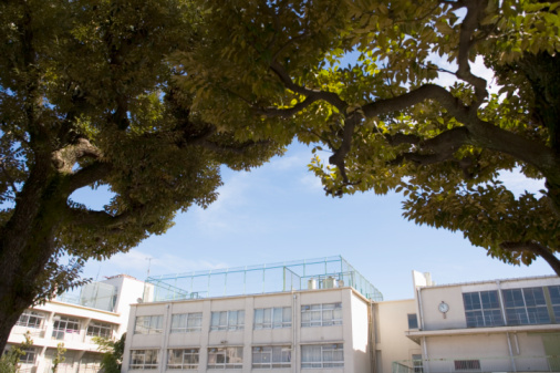 Elementary School Building「Japan, Tokyo, Meguro Ward, exterior of elementary school」:スマホ壁紙(10)