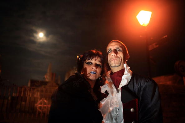 Giles「Goths Join Forces For The Annual Gothic Weekend」:写真・画像(4)[壁紙.com]