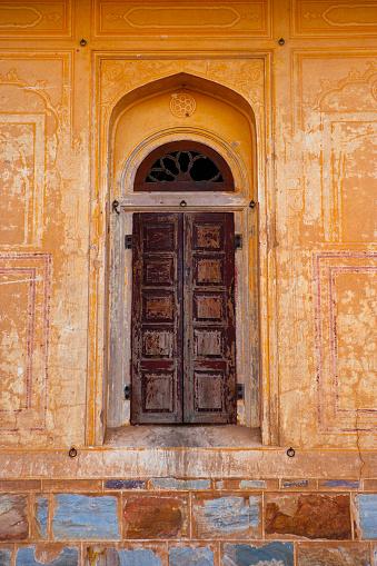 Rajasthan「Window at Nahargarh Fort」:スマホ壁紙(15)