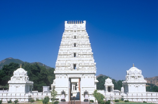 Hinduism「Sri Venkateshwara Temple in Malibu California」:スマホ壁紙(18)