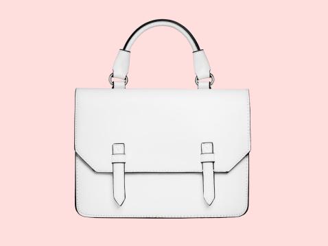 Purse「White handbag against a pink background」:スマホ壁紙(5)