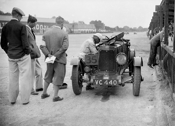 Motorsport「Lea-Francis in the pits, BARC 6-Hour Race, Brooklands, Surrey, 1929,」:写真・画像(13)[壁紙.com]