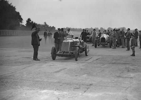 Francis M. R「Lea-Francis, Delage and Bentley at a Surbiton Motor Club race meeting, Brooklands, Surrey, 1928」:写真・画像(7)[壁紙.com]