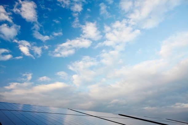 Solar Panels in Evening Light in Northern Germany:スマホ壁紙(壁紙.com)