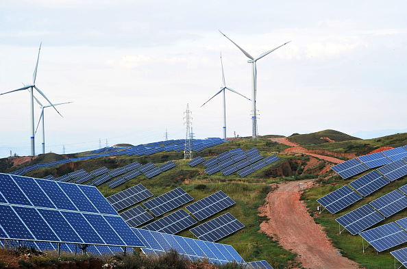 Solar Energy「Renewable Energy Power Plant Built In Zhangjiakou」:写真・画像(15)[壁紙.com]