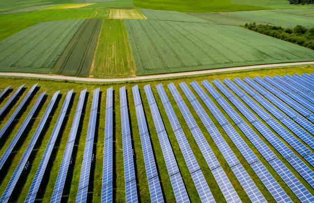 Solar panels:スマホ壁紙(壁紙.com)