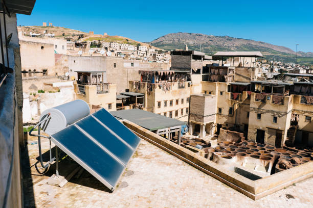 Solar panels above old town and tanneries in Morocco:スマホ壁紙(壁紙.com)