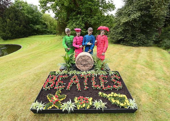 Topix「Sgt Pepper At Chiswick House and Gardens - Photo Call」:写真・画像(16)[壁紙.com]