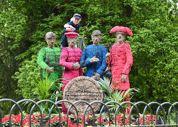 Topix「Sgt Pepper At Chiswick House and Gardens - Photo Call」:写真・画像(15)[壁紙.com]