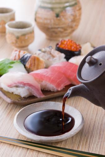Sake「Soy Sauce and Sushi」:スマホ壁紙(18)