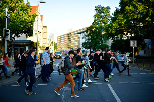 Pokemon GO Enthusiasts Play In Hanover:ニュース(壁紙.com)