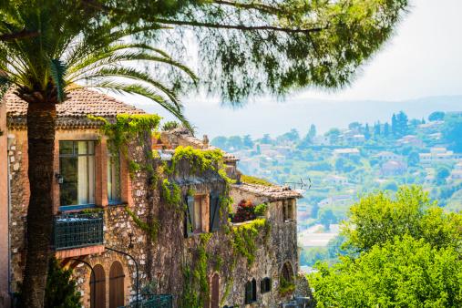 Rolling Landscape「Town on Cote d'Azur」:スマホ壁紙(0)