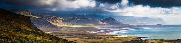 Dramatic coastal landscape epic remote Arctic Ocean mountains panorama Iceland:スマホ壁紙(壁紙.com)