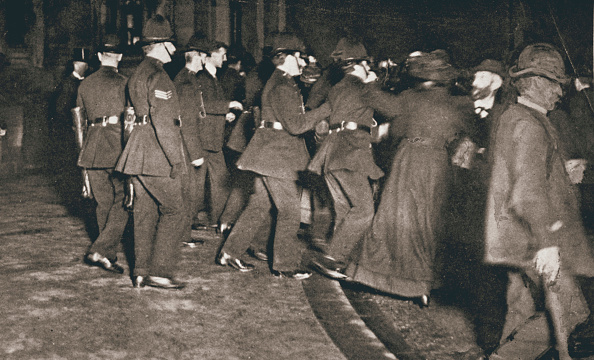 International Landmark「The Women's Freedom League Attempting To Enter The House Of Commons London 1908」:写真・画像(18)[壁紙.com]