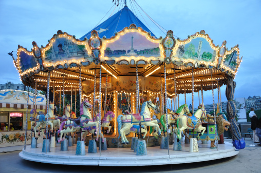 Amusement Park Ride「Carrousel at dusk」:スマホ壁紙(16)
