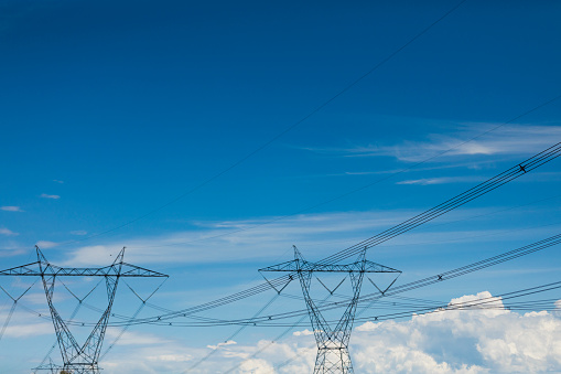 Electricity Pylon「A view at electric pylons in the province of Quebec, which is one of the largest hydropower producer in the world.」:スマホ壁紙(9)
