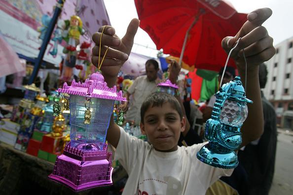 Abid Katib「Muslims Across The Globe Celebrate Ramadan」:写真・画像(2)[壁紙.com]