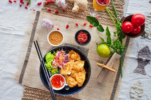 Chili Sauce「Fried Wonton.」:スマホ壁紙(0)