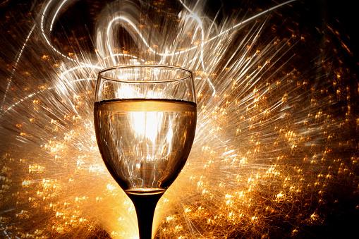 White Wine「Celebratory glass」:スマホ壁紙(10)