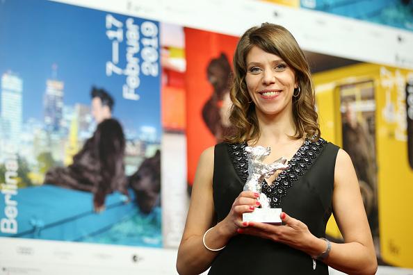 上半身「Award Winners Press Conference - 69th Berlinale International Film Festival」:写真・画像(1)[壁紙.com]
