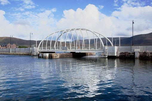 アキル島「New And Modern Achill Sound Bridge; Achill Island, County Mayo, Ireland」:スマホ壁紙(6)