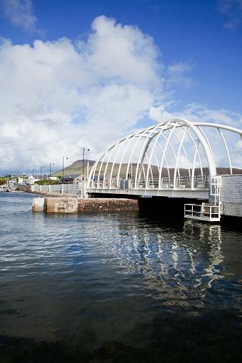 アキル島「New And Modern Achill Sound Bridge; Achill Island, County Mayo, Ireland」:スマホ壁紙(4)