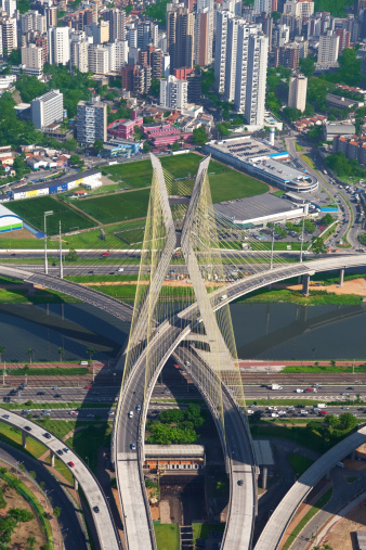 Morada「Suspended bridge in Sao Paulo city」:スマホ壁紙(15)