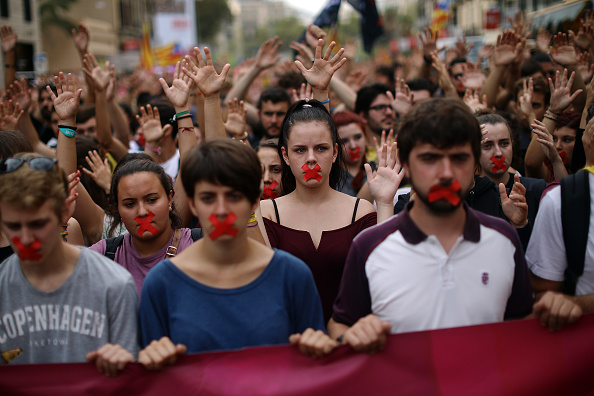 Catalonia「Aftermath Of The Catalonian Independence Referendum」:写真・画像(18)[壁紙.com]